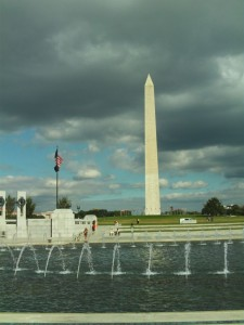 Washington Monument vom National WW II Memorial